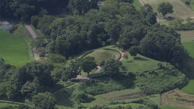 aerial, takamatsuzuka tomb, nara, japan - 大昔の点の映像素材/bロール