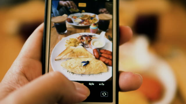 take a photo of food - photo messaging stock videos & royalty-free footage