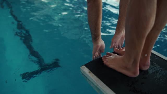 stockvideo's en b-roll-footage met neem een duik - watersport