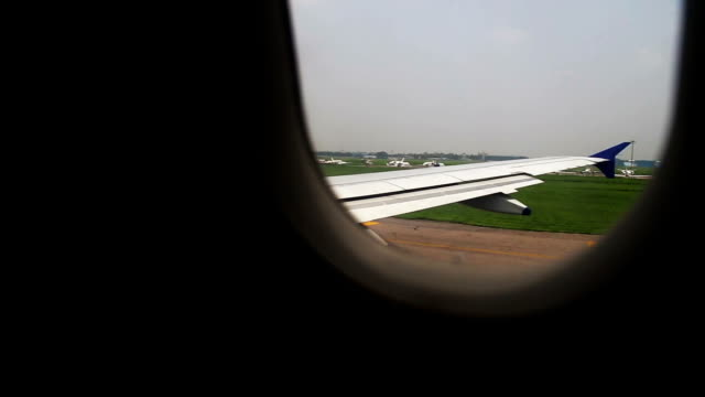 Take Off commercial airplane