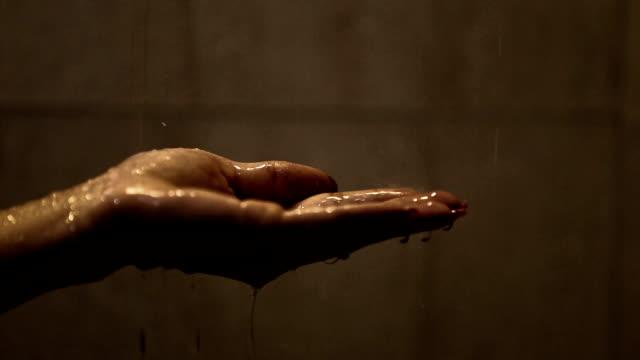 HD:  Taking a shower