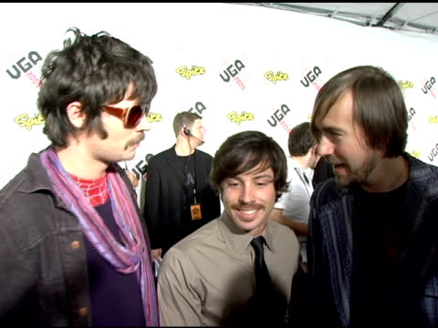 taking back sunday on being nominated for an award and their upcoming projects at the spike tv video game awards at the gibson amphitheatre in los... - gibson amphitheatre stock-videos und b-roll-filmmaterial