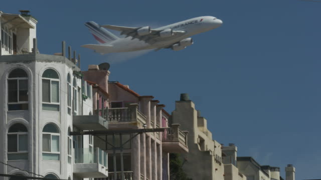taking off from lax - airbus stock-videos und b-roll-filmmaterial