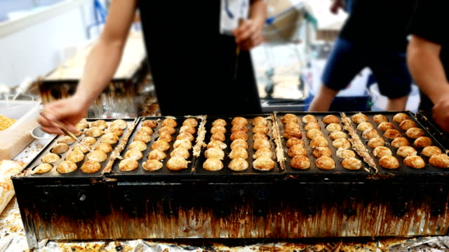 takoyaki recipe たこ焼き - market stall stock videos & royalty-free footage
