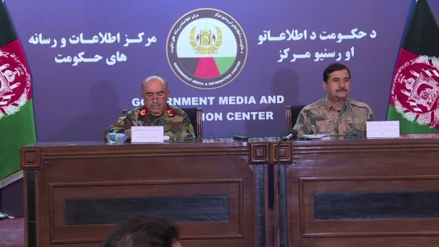 a taliban claimed attack on the top us commander in afghanistan and senior afghan security officials thursday killed at least three people and sent... - scrambling bildbanksvideor och videomaterial från bakom kulisserna
