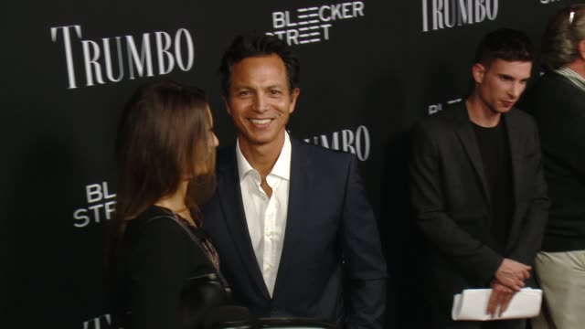 vidéos et rushes de talisa soto and benjamin bratt at the trumbo los angeles premiere at the academy of motion picture arts and sciences on october 27 2015 in beverly... - academy of motion picture arts and sciences