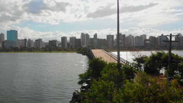 vídeos de stock, filmes e b-roll de ponte alta - ponte