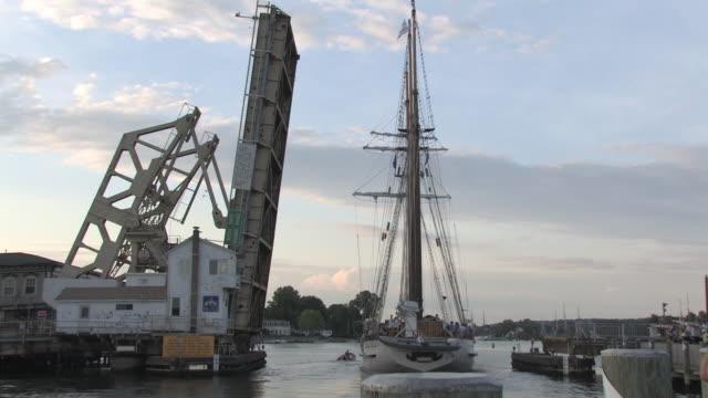 tall ship 6 - hd 30f - drawbridge stock videos and b-roll footage