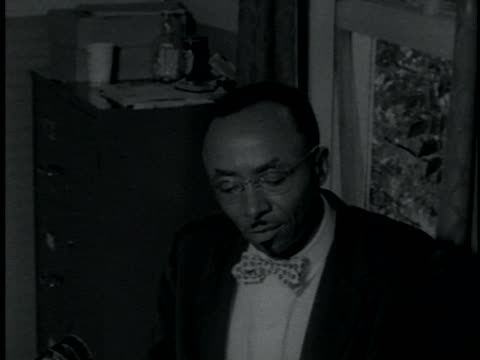 tallahassee inter-civil council president, reverend c.k. steele speaks about the tallahassee bus boycott. - naacp stock videos & royalty-free footage