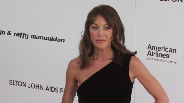 vídeos de stock e filmes b-roll de tamara mellon at the 18th annual elton john aids foundation oscar party at west hollywood ca. - festa do óscar
