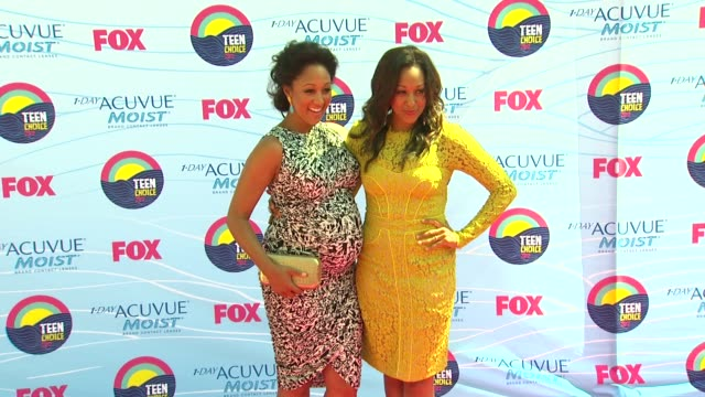 Tamera Mowry Tia Mowry at 2012 Teen Choice Awards on 7/22/12 in Los Angeles CA