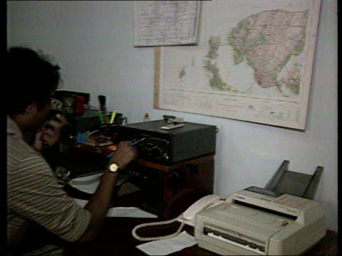 government troops continue assault on the tamil stronghold of the jaffna peninsula b c4n lanka colombo ext la cms radio aerial on roof of red cross... - b rolle stock-videos und b-roll-filmmaterial