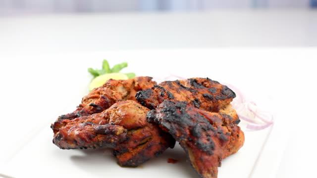 Poulet Tandoori à la célèbre Cuisine indienne