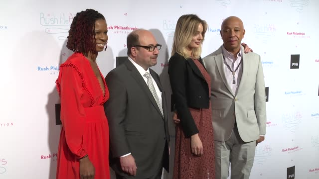 vídeos y material grabado en eventos de stock de tangie murray craig newmark lucy mcintosh russell simmons at russell simmons' rush philanthropic arts foundation's annual rush hearts education... - russell simmons