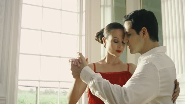 tango dancers - tango dance stock videos and b-roll footage