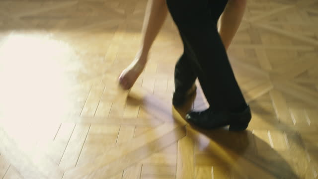 stockvideo's en b-roll-footage met tango dancers - tango dans