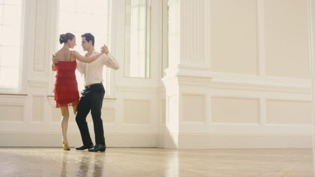 tango dancers - tango dance stock videos & royalty-free footage
