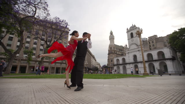 tango performance outdoors - tango dance stock videos & royalty-free footage