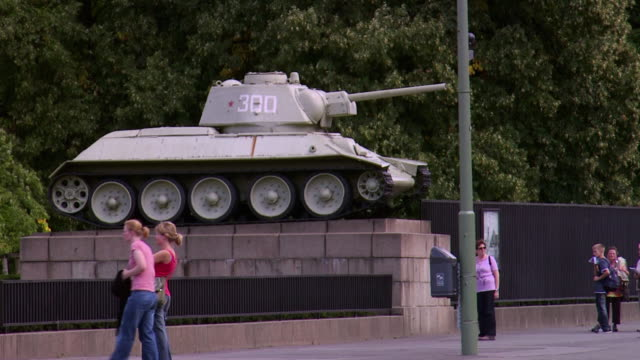 ws tank at soviet war memorial commemorating soldiers of soviet armed forces who died during battle of berlin in april and may 1945, tiergarten park / berlin, germany - armoured vehicle stock videos and b-roll footage