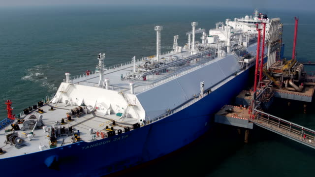 lng tanker terminal - ship stock videos & royalty-free footage
