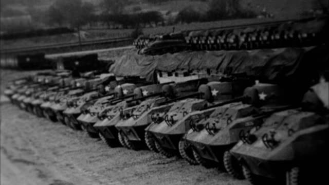 tanks and field guns being built and tested for world war ii / united states - cannone video stock e b–roll
