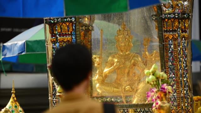 Tao Maha Prom statue at Erawan Shrine