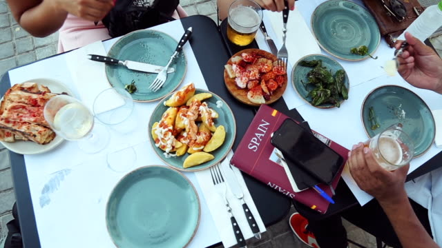 tapas in barcelona - gothic quarter barcelona stock videos and b-roll footage