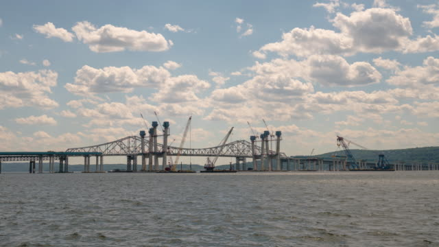 Tappan Zee Bridge time lapse. Construction in progress. New bridge on the Hudson River.