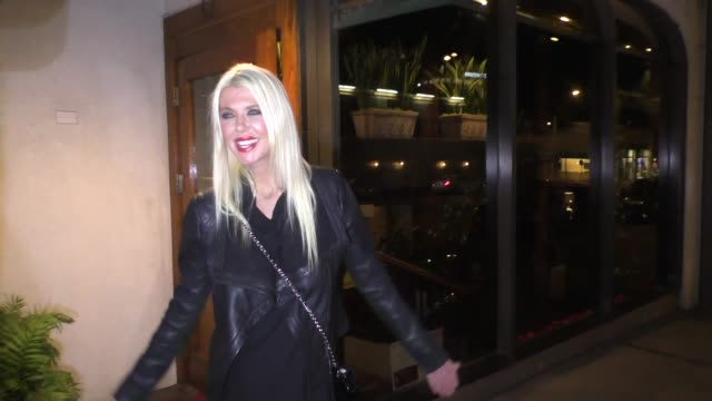 tara reid addresses the skinny shaming outside madeo in west hollywood in celebrity sightings in los angeles, - tara reid stock-videos und b-roll-filmmaterial