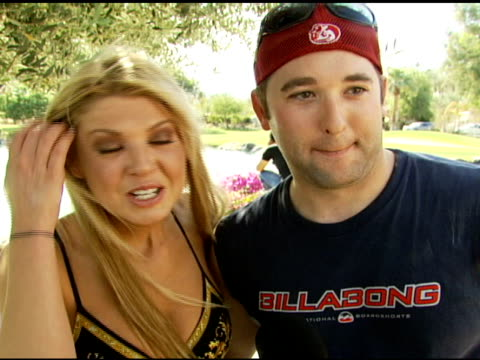 tara reid and her brother on him telling her about the party and why he wanted her there at the dkny jeans coachella retreat house on april 28, 2007. - tara reid stock-videos und b-roll-filmmaterial