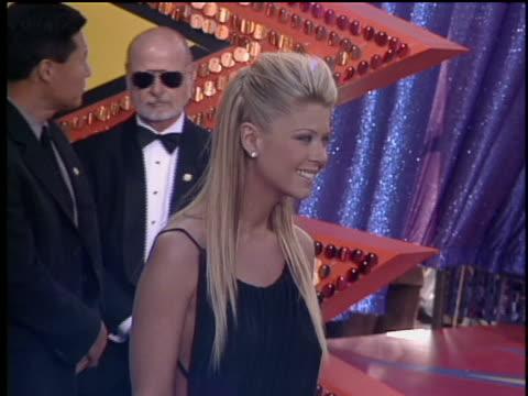 Tara Reid arriving to the 2003 MTV Movie Awards Red Carpet