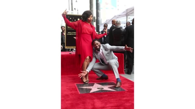 vídeos y material grabado en eventos de stock de taraji p henson and kelvin hayden attend a ceremony honoring taraji p henson with a star on the hollywood walk of fame on january 28 2019 in... - formato de archivo gif