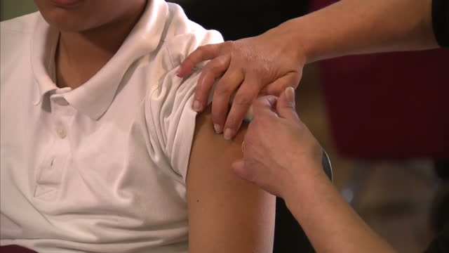 A targeted vaccination campaign has started in South Wales to try to control the measles outbreak It's hoped that over two thousand pupils will be...