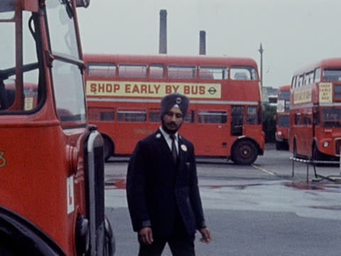 tarseem singh sandha becomes the first sikh bus driver to work for london transport 1968 - bus driver stock videos & royalty-free footage