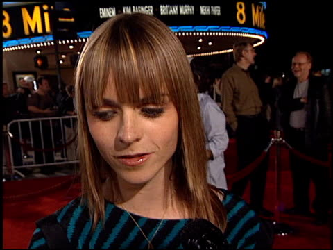 taryn manning at the '8 mile' premiere on november 6, 2002. - taryn manning stock videos & royalty-free footage