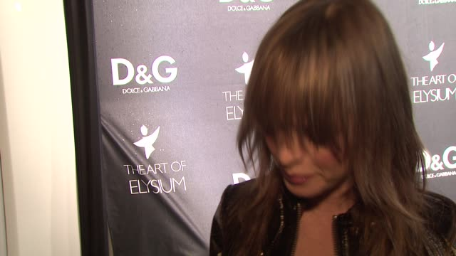 Taryn Manning on why she loves Dolce Gabbana on what she's wearing on the Art of Elysium and on her plans for New Years at the DG Flagship Boutique...