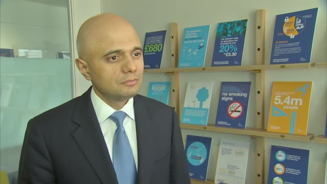sajid javid interview; england: london: int sajid javid mp interview sot - uk government and welsh government working together / talks of interest in... - typisch walisisch stock-videos und b-roll-filmmaterial
