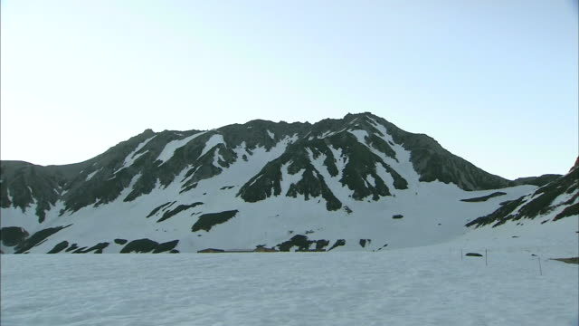 tateyama mountains at dawn - satoyama scenery stock videos & royalty-free footage