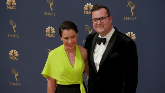 vídeos de stock, filmes e b-roll de tatiana maslany and kristian bruunat the 70th emmy awards arrivals at microsoft theater on september 17 2018 in los angeles california - 70th annual primetime emmy awards