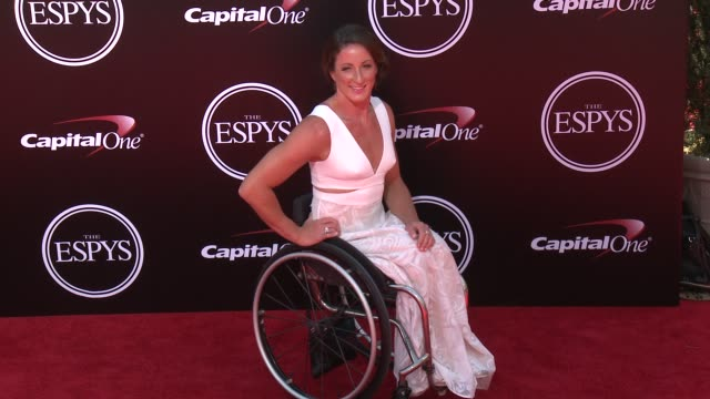 vídeos y material grabado en eventos de stock de tatyana mcfadden at the 2016 espy awards at microsoft theater on july 13 2016 in los angeles california - premios espy