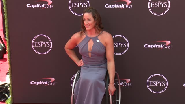 vídeos de stock, filmes e b-roll de tatyana mcfadden at the the 2018 espys at microsoft theater on july 18 2018 in los angeles california - espy awards