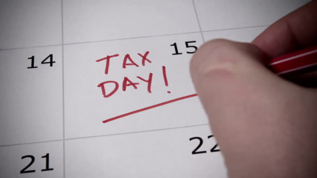 stockvideo's en b-roll-footage met herinnering fiscale dag - tax