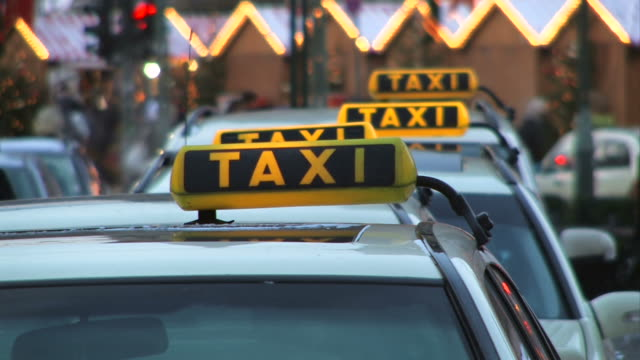 Taxi - Christmas market in the background