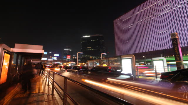 taxi stand at seoul station (ktx rail road station) - taxi stand stock videos and b-roll footage