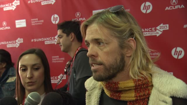 taylor hawkins on the fight between analog and digital in the music industry at the 'sound city' premiere - 2013 sundance film festival in park city,... - park city stock videos & royalty-free footage
