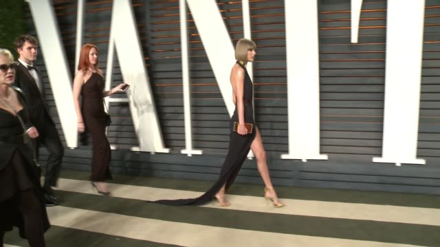 Taylor Swift at the 2016 Vanity Fair Oscar Party Hosted By Graydon Carter at Wallis Annenberg Center for the Performing Arts on February 28 2016 in...