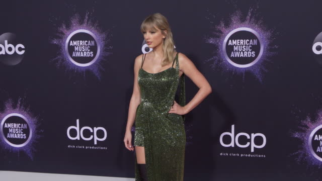 taylor swift at the 2019 american music awards at microsoft theater on november 24 2019 in los angeles california - american music awards stock videos & royalty-free footage