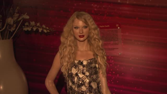 taylor swift wax figurine at madame tussauds new york celebrates arrival of gwen stefani wax figure on in new york ny - wax stock videos & royalty-free footage