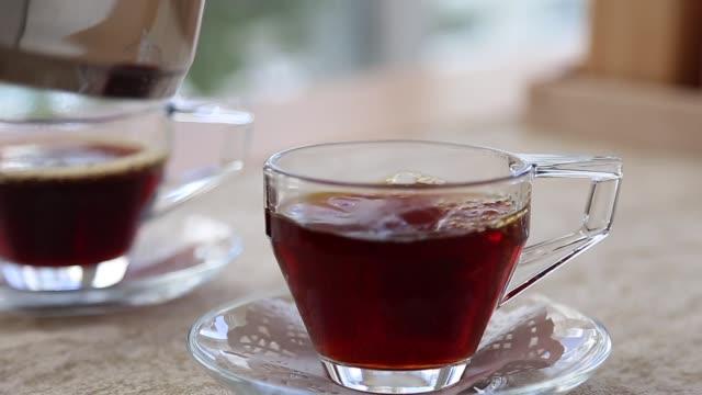 vidéos et rushes de thé dans la culture turque - thé noir