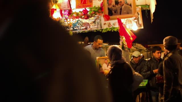 Tea vendor at Jemaa el fna.
